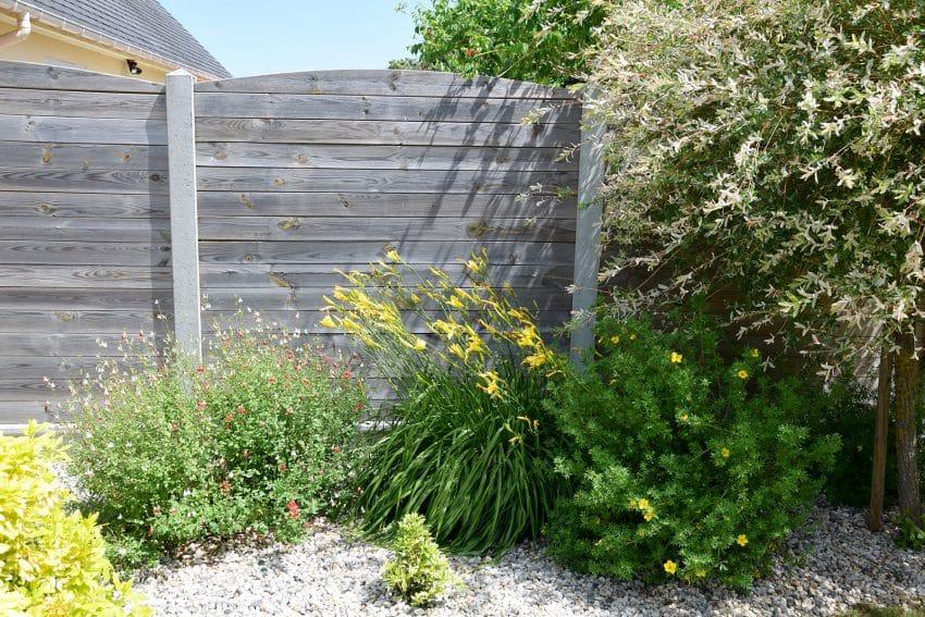 clôture pas chère jardin