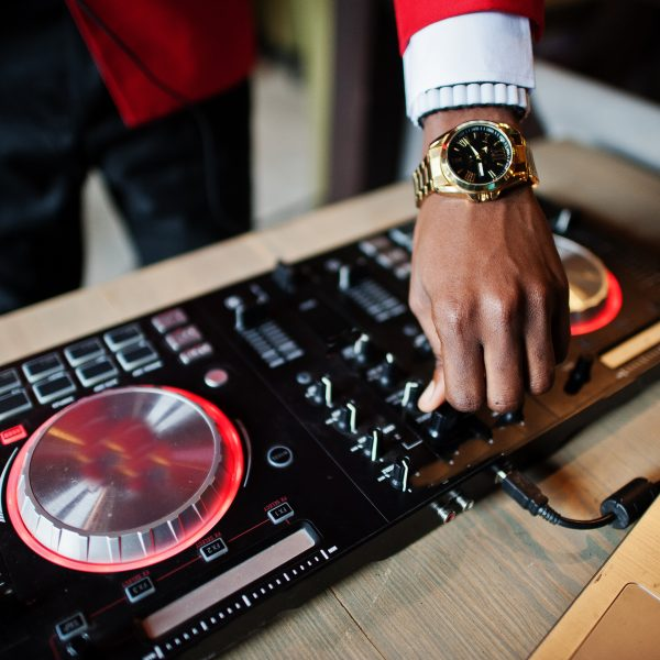 12 meilleurs contrôleurs DJ